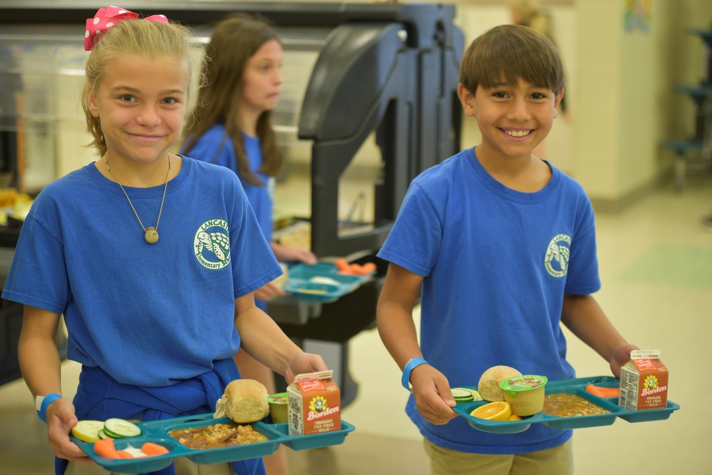 Lancaster Elementary students love school lunc